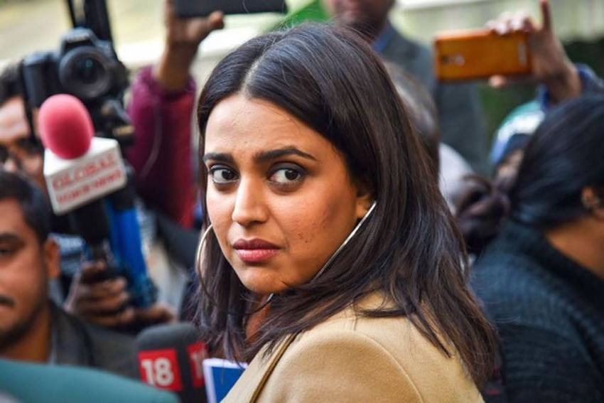 Swara Bhaskar Shows Support For Taapsee Pannu, Anurag Kashyap After IT Raids