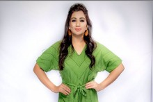Shreya Ghoshal Announces First Pregnancy, Shares Picture