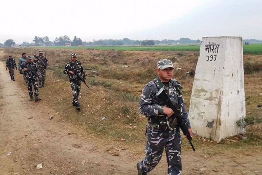 Nepalese Police Hand Over Body Of Young Man To Family For Last Rites