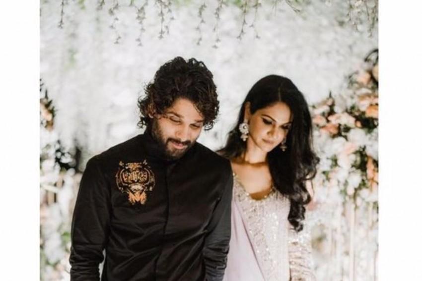 '10 Years Of A Rollercoaster Ride': Actor Allu Arjun Celebrates 10th Wedding Anniversary At Taj Mahal
