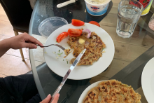 Gurinder Chadha Says 'Fiteh Moo' As She Shares Picture Of Her Kid Eating Alu Parantha With Fork