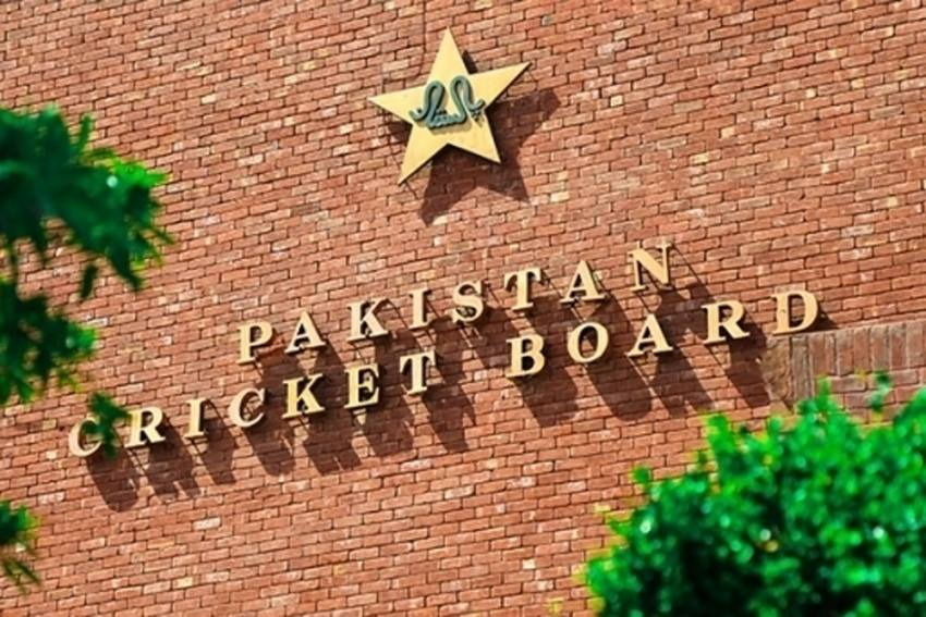 Senior Pakistan Cricket Board Official Tests Positive For COVID-19, PCB Shuts Offices