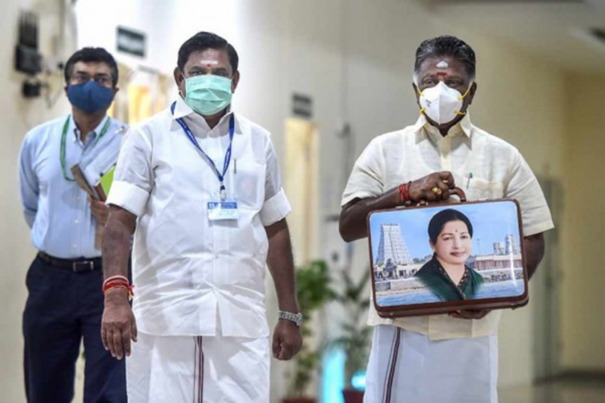 Freebie Race Is On In Tamil Nadu: EPS Announces Assured Allowance Of Rs.1,500 For Homemakers