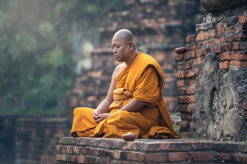 Involve NGOs, Rinpoche, Lama To Prepare Database On Buddhist Scholars: Ladakh MP