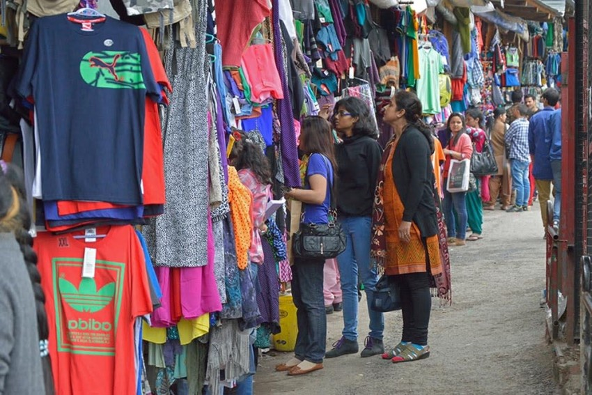 Amid Rising Covid Cases, You'll Now Have To Pay Entry Fee To Enter Market Areas In Nashik