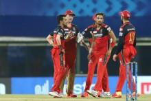 IPL 2021: RCB Skipper Virat Kohli Praises Harshal Patel Says, 'His Spell Made The Difference' Against MI