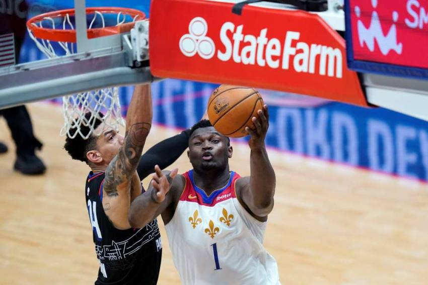 NBA: 'Incredible' Zion Leads Pelicans Past 76ers, Bucks Beaten Again Without Giannis
