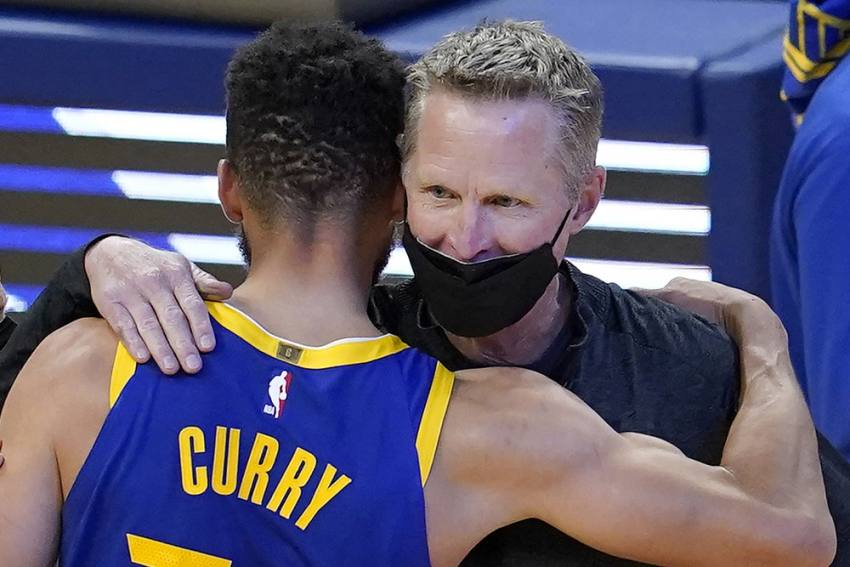 NBA: Steph Curry Breaks Wilt Chamberlain's Record In 53-point Domination