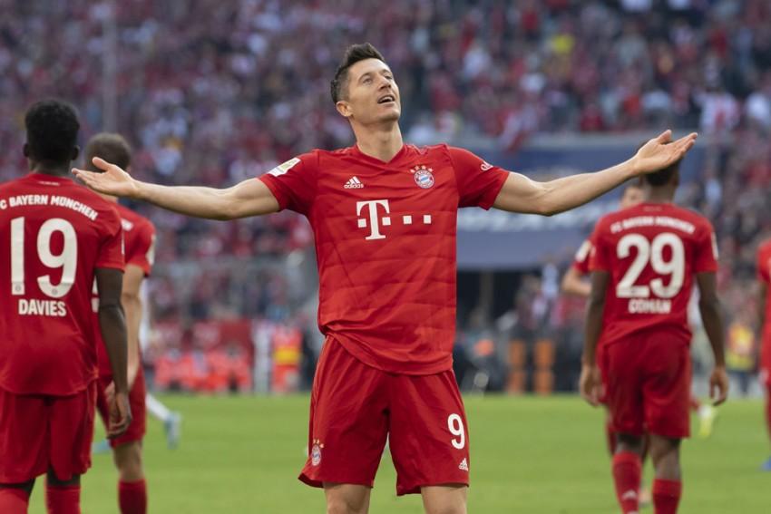 Robert Lewandowski Back Running Again As Muller Targets Bayern Turnaround In PSG Tie