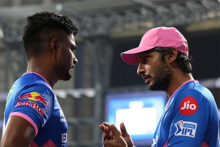 Kumar Sangakkara Defends Sanju Samson's Decision Not To Rotate Strike In Rajasthan Royals' Defeat