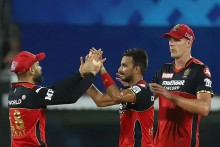 IPL 2021: Sunrisers Hyderabad Coach Trevor Bayliss Differs With Captain David Warner On Harshal Patel's Full Toss No-ball