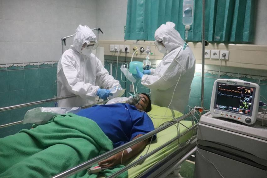 Amid Covid-19 Surge, Only 54 ICU Beds Available For Coronavirus Patients In Delhi Hospitals: Govt Data