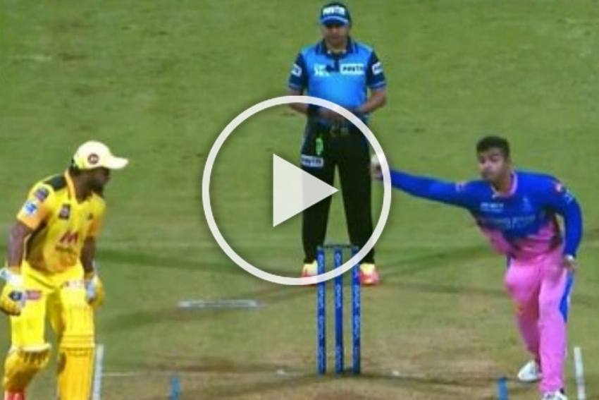 IPL 2021: Riyan Parag Does It Again, This Time Against Chennai Super Kings -WATCH