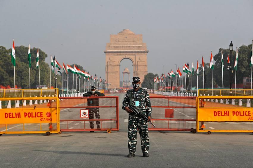 Lockdown In Delhi From 10 PM Tonight Till April 26