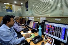 Sensex Tanks Over 1,300 Points On Spiking Covid-19 Cases; Nifty Drops To 14,222