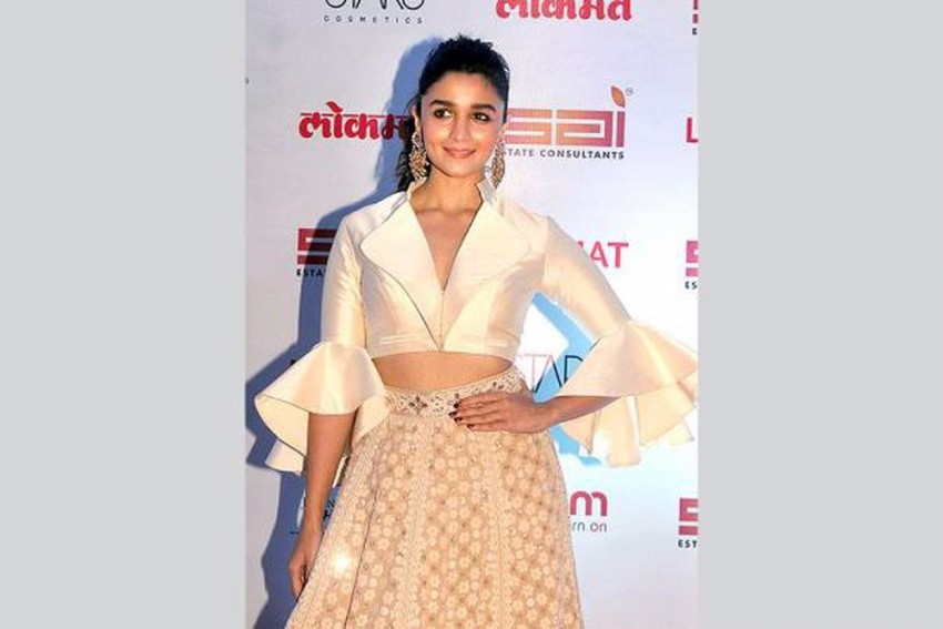 Alia Bhatt Tests Positive For Covid-19, To Remain Under Home Quarantine