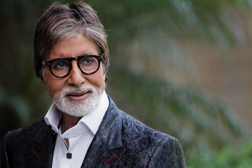 Amitabh Bachchan Takes First Dose Of Covid-19 Vaccine