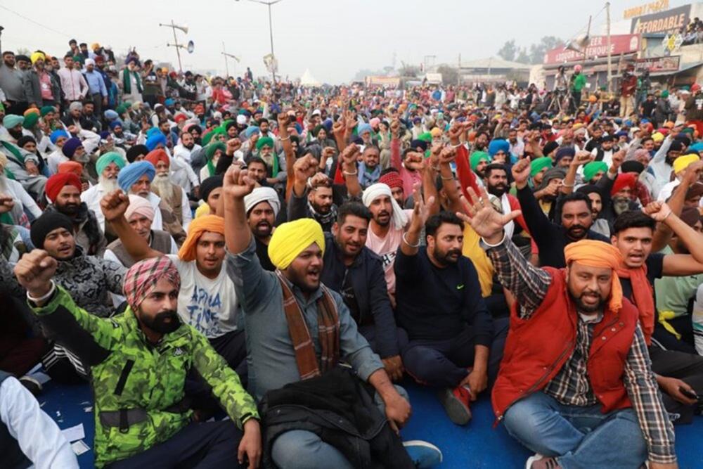 Harvesting Almost Over, Farmers Begin March Towards Delhi