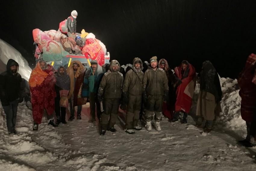 244 People Rescued In Lahaul In Minus 25 Degrees C As Snow Blocks Highway