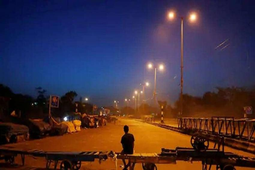 Maharashtra Govt Might Announce Lockdown Shortly; Here's What To Expect