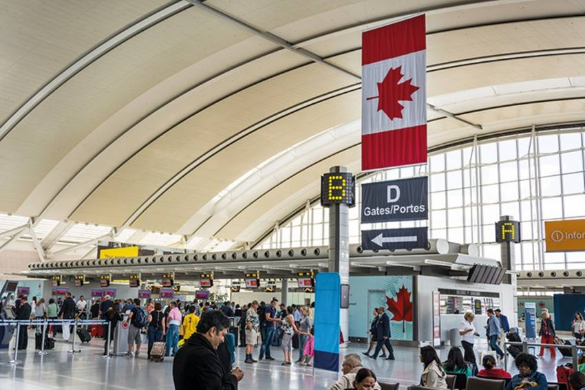 Covid: Canada Bans Flights From India, Pakistan For 30 Days