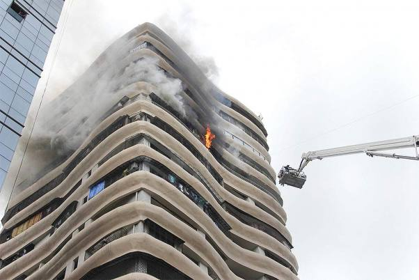 Surat: Fire Breaks Out At ICU Of Private Hospital; 16 Critical Covid-19 Patients Rescued