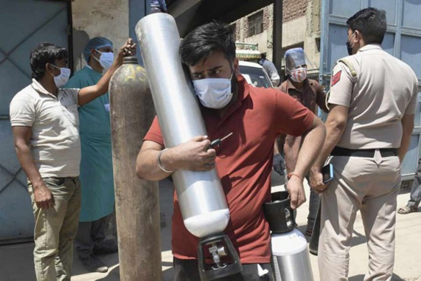 Rajasthan HC Issues Notice To Centre, State Govt Over Discrimination In Allotment Of Oxygen, Remdesivir