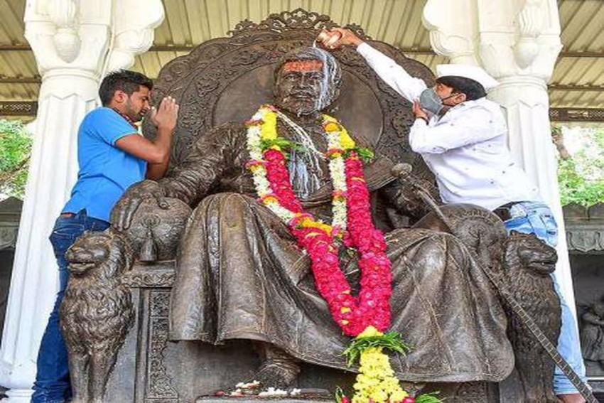 Death Anniversary Of Chhatrapati Shivaji: Here Are 10 Lesser-Known Facts About The Ruler