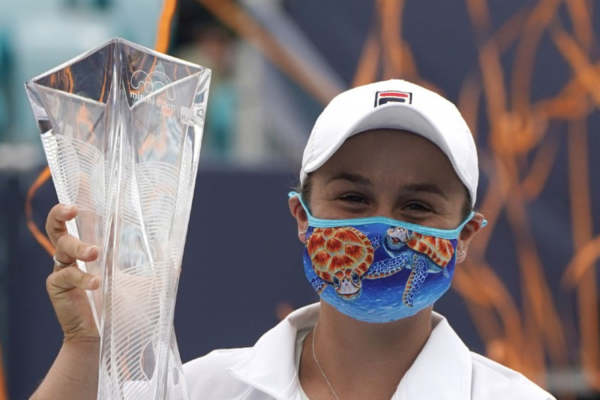 Miami Open: Ash Barty Retains Title After Bianca Andreescu Retirement