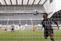 Newcastle United 2-2 Tottenham: Arsenal-owned Joe Willock Denies Spurs Late On