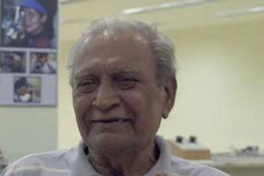Dronacharya Awardee Shooting Coach Sanjay Chakraverty Dies