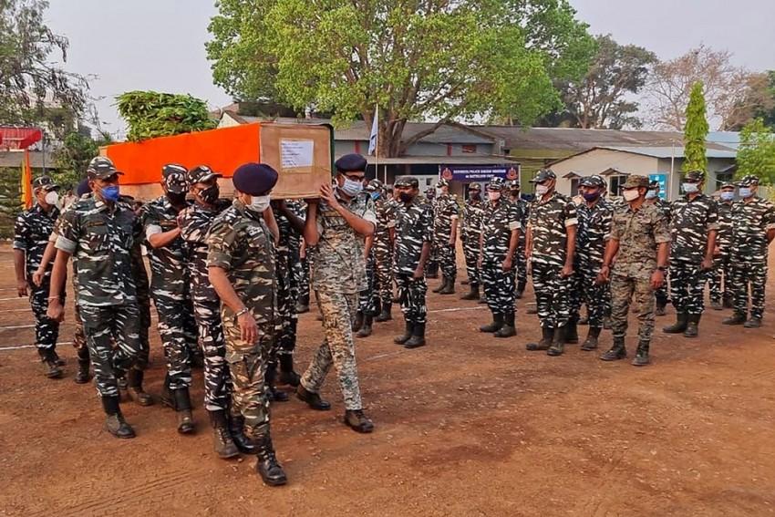Chhattisgarh Naxal Encounter: Maoists Cut Cop's Hand Before Killing Him, Says Report