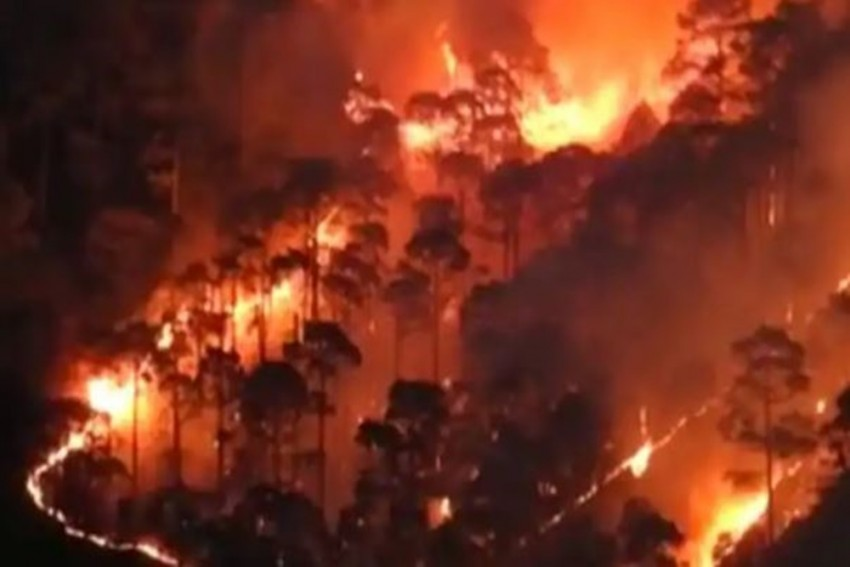 Uttarakhand Forest Fire: 4 Dead, Centre Rushes Helicopters To Control Situation