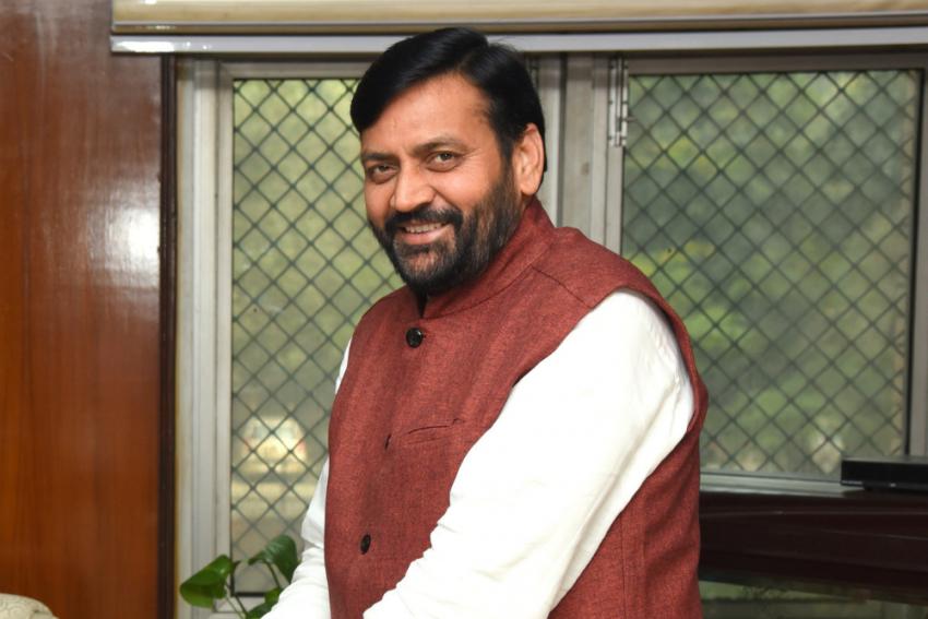 Farmers' Protest: Agitators Gherao BJP MP In Haryana, Smash Car Windscreen