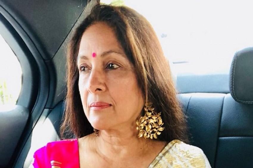 Neena Gupta To Star Opposite Amitabh Bachchan In Vikas Bahl-Directed 'Goodbye'