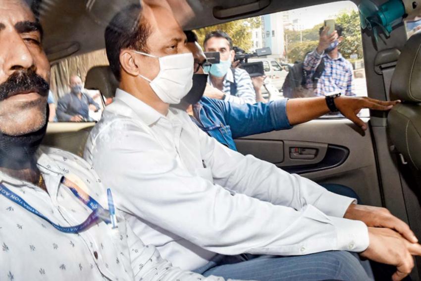 Hiran Murder Case: NIA Takes Sachin Vaze To CSMT, Recreates Scene