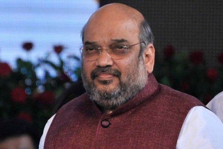 Amit Shah Eats Rice, Dal In Lunch At 'Rickshawala's' Home In Bengal