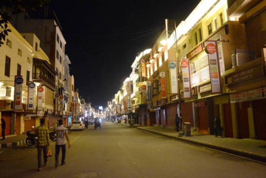 Lucknow: Night Curfew From 9 Pm To 6 Am Due To Covid Surge; Colleges Closed Till April 15