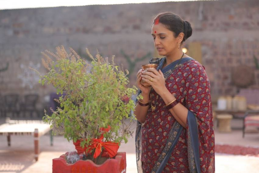 Exclusive First Look: Huma Qureshi Stars As Rani Bharti In Political Drama 'Maharani'