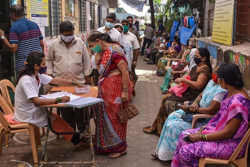 3 Women In UP Given Anti-Rabies Injection Instead Of Covid-19 Vaccine