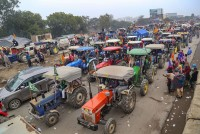 Protestors Begin To Assemble At Delhi Borders On Farmer Leaders' Call
