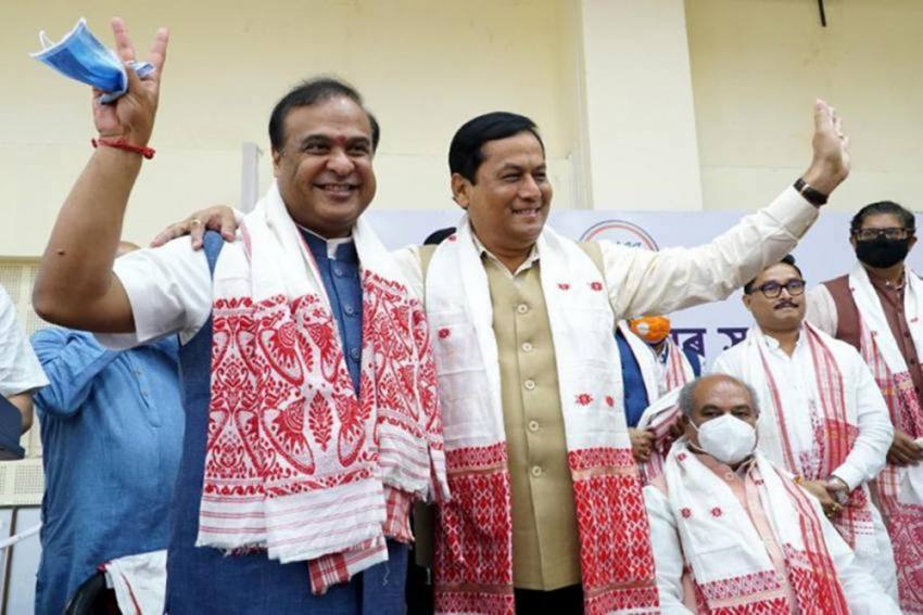 Himanta Biswa Sarma Takes Oath As The CM Of Assam, Here Are The Names Of Other Ministers