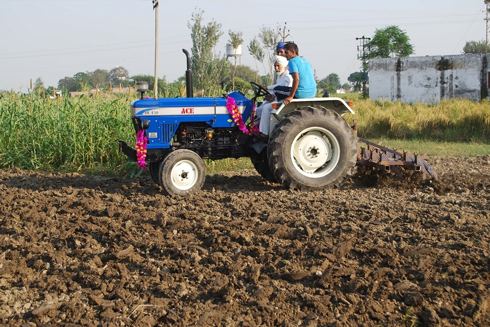 Tractor Sales Show Upswing Despite Pandemic: Reports