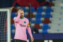 Barcelona's La Liga Title Hopes Suffer Massive Blow As Battling Levante Salvage Draw