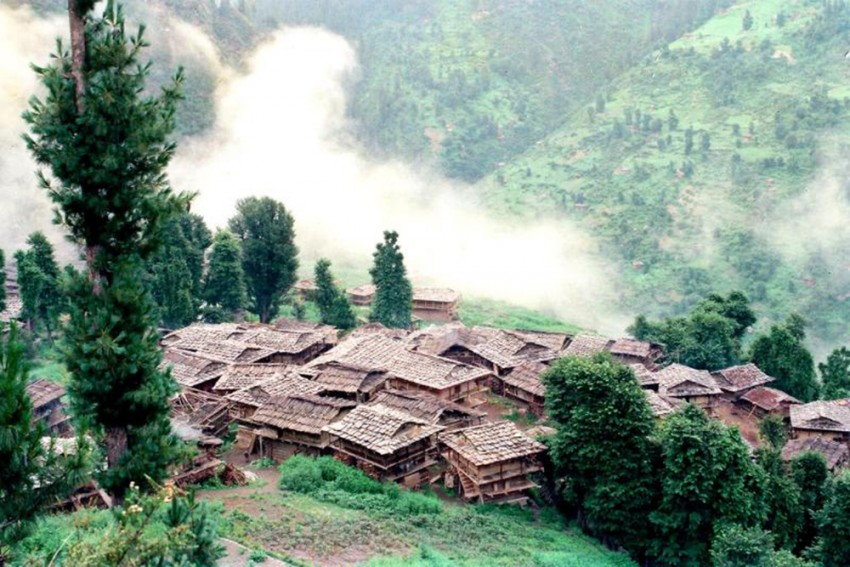 In Malana, A Remote Himachal Town, Villagers Wait For Local Deity's Blessings To Take Covid Vaccines