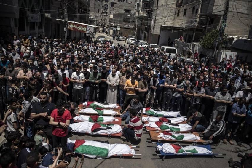 Israel Bombs Hamas Leader's Home In Gaza; Family Of 10 Killed