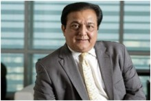 Banking On The Cricket Frenzy: How Rana Kapoor Implemented The Exemplary Marketing Strategy