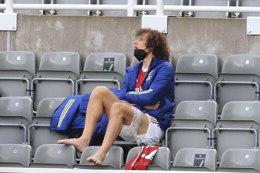 Arsenal Boss Mikel Arteta Hails Outgoing David Luiz, Pledges To Work With Willian
