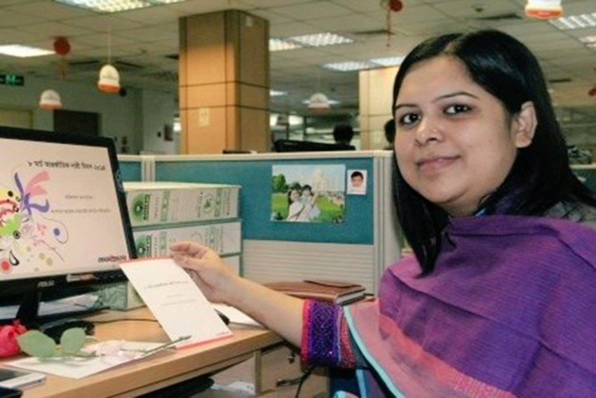 Bangladesh Arrests Journalist Rozina Islam For Exposing Corruption In Health Ministry