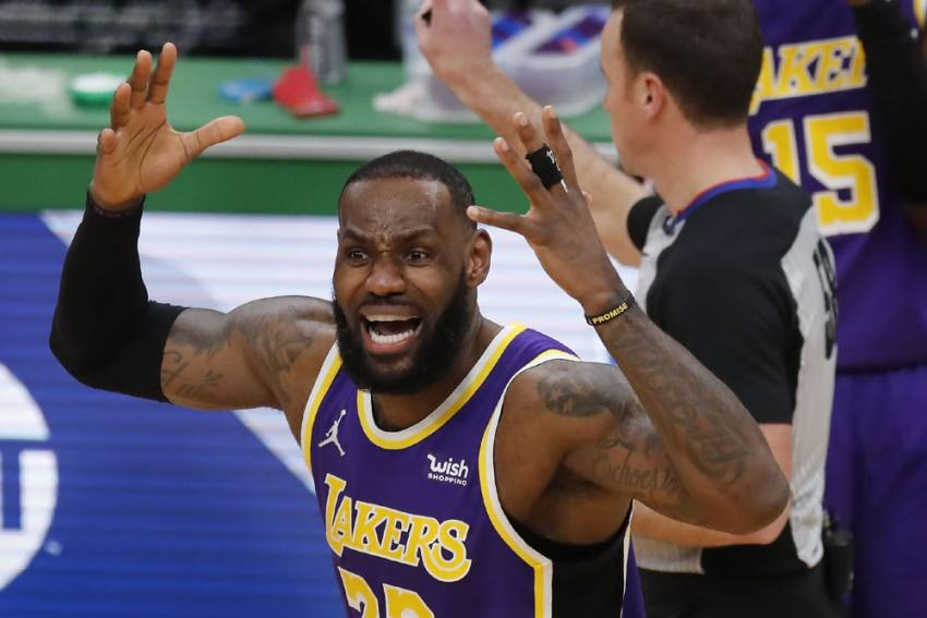 LA Lakers Vs Golden State Warriors, NBA Live Streaming: LeBron James Aim To Stop Stephen Curry - How To Watch